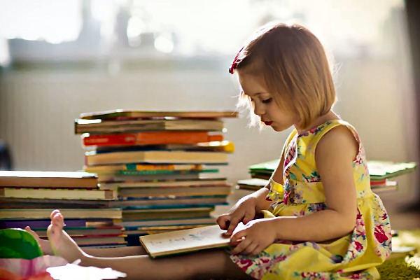 Novedades sección Infantil y Juvenil de la biblioteca Miguel Hernandez